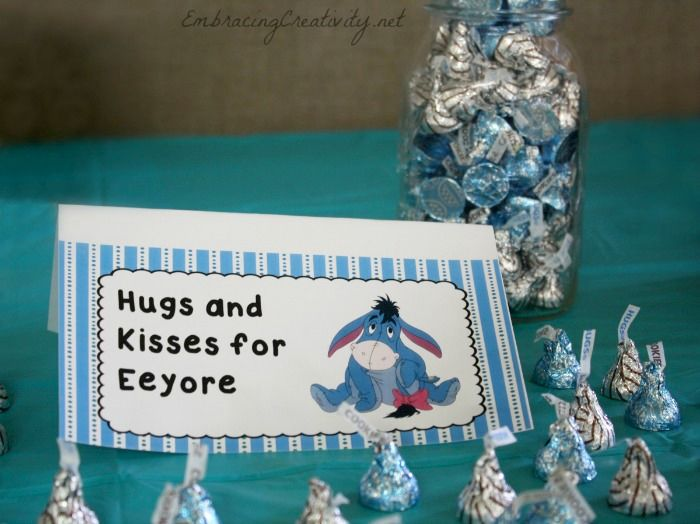 Winnie The Pooh Party   Hugs And Kisses For Eeyore