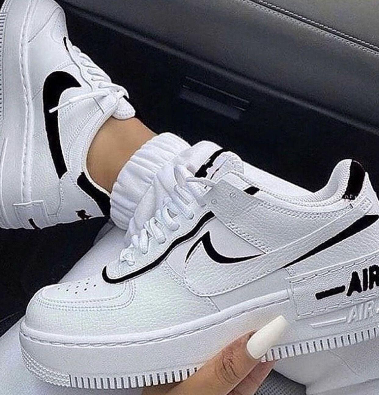 air force 1 nike negras