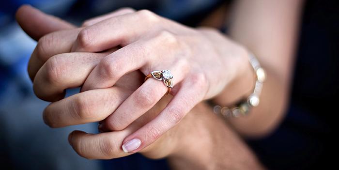 طريقة اعلان خطوبة على الفيس بوك موسوعة طيوف In 2020 Marcasite Necklace Jewelry Blog Silver Jewelry Rings