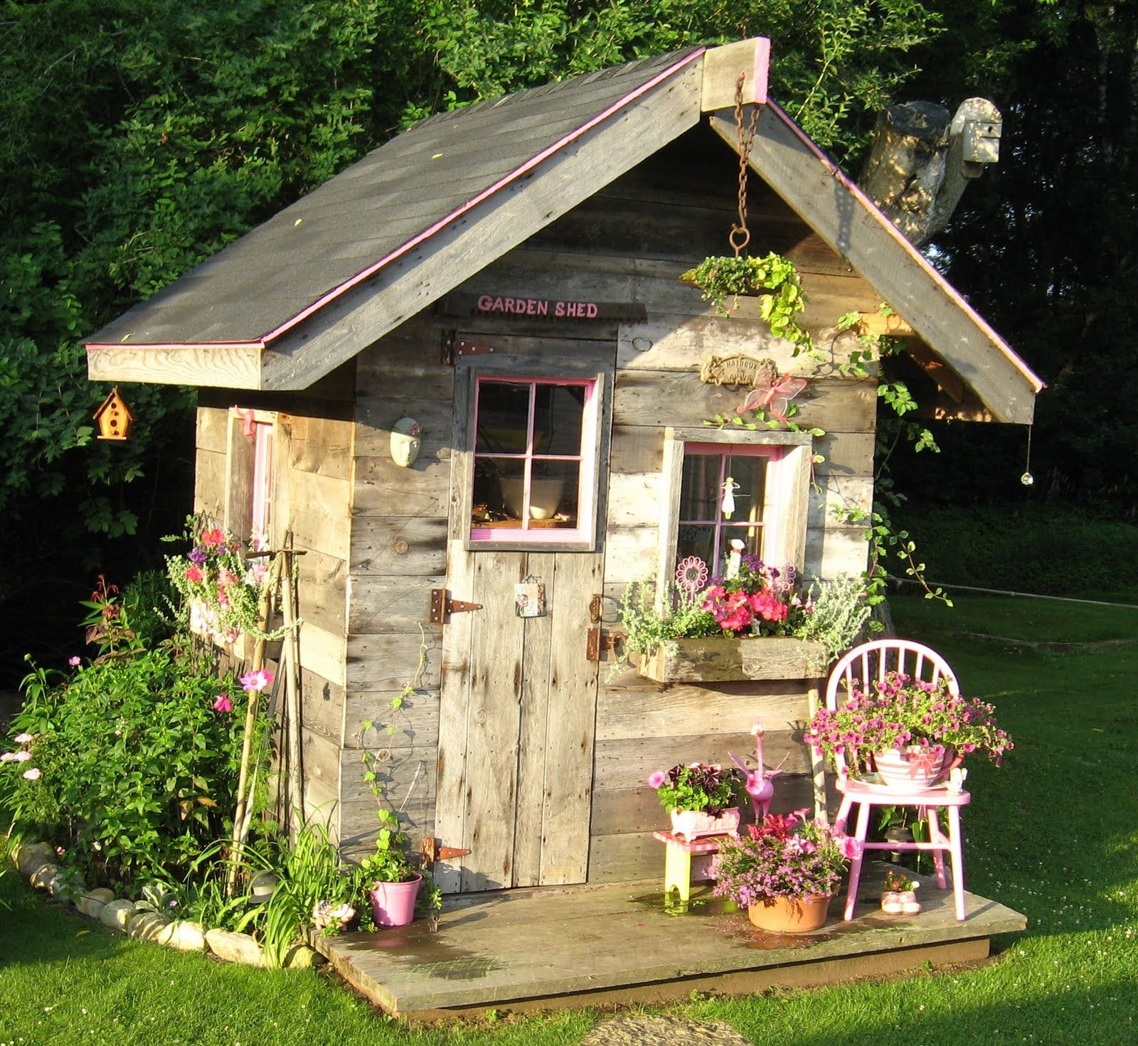 jardin cabane abris de jardin pinterest. Black Bedroom Furniture Sets. Home Design Ideas