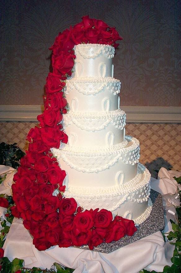 wedding cakes red Classic and elegant wedding cake with ...