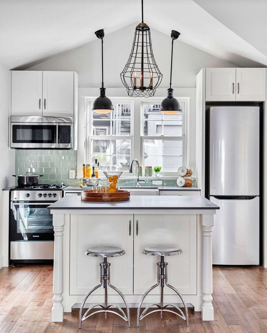 5 Smart Ways To Fit A Kitchen Island In A Small Space