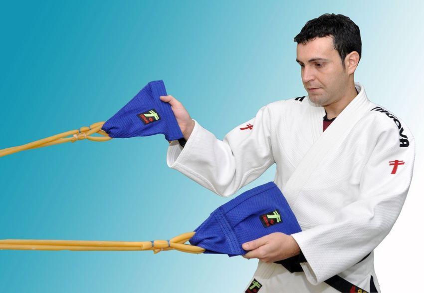 Grip strength training dor judo and grappling arts. martial arts gear and equipment bushidosport