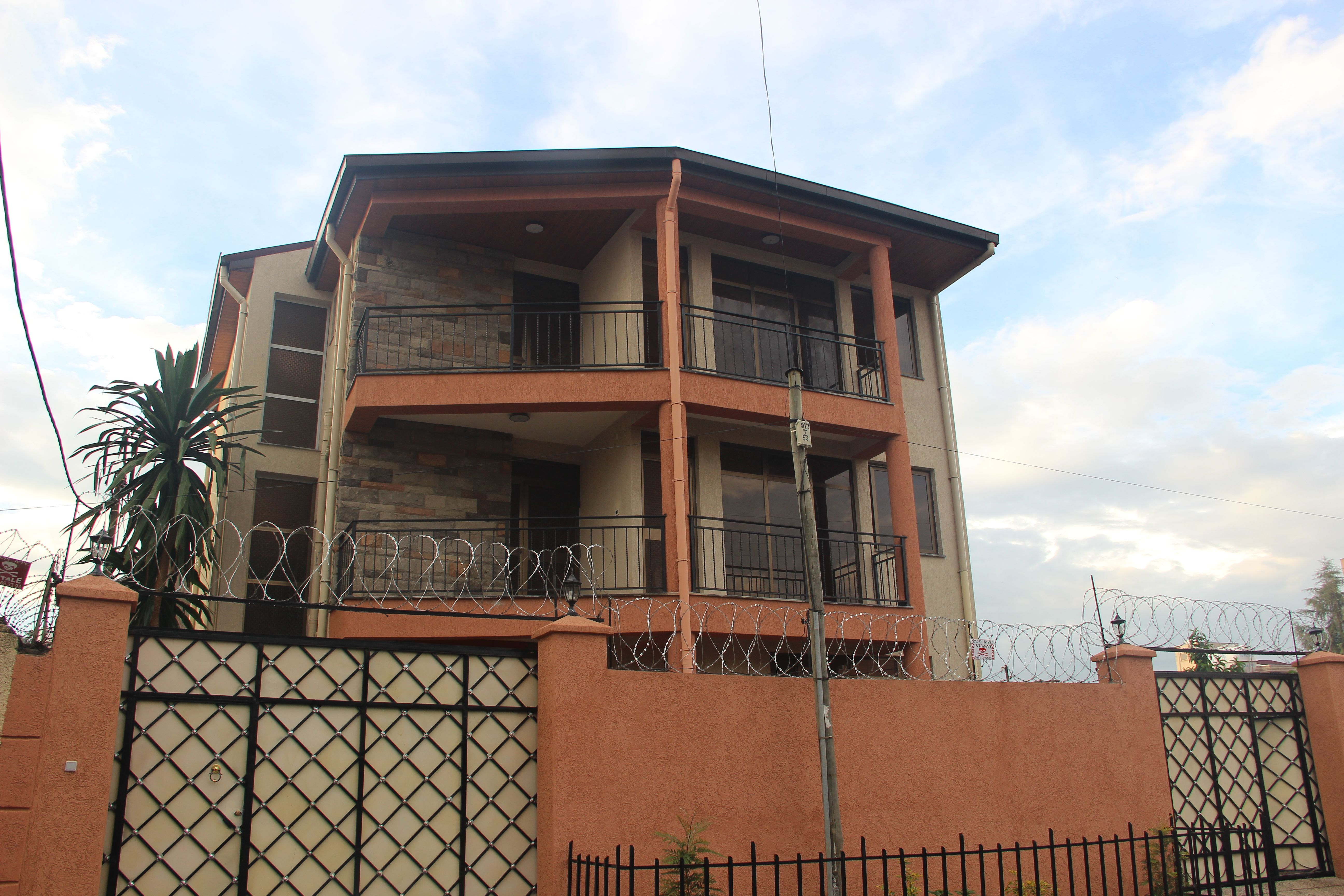 Brand New 5 Bedroom House For Rent In Wello Sefer Close To Ethio Chinese Street Addis Ababa Ethiopia E Tiny Houses For Rent 5 Bedroom House Simple House Plans