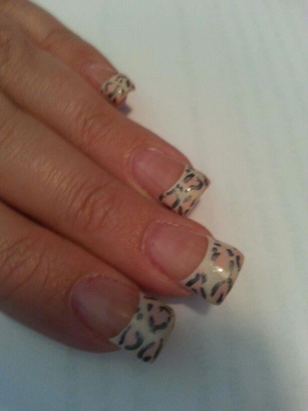 Snow leopard nails #finaltouchnailandspa