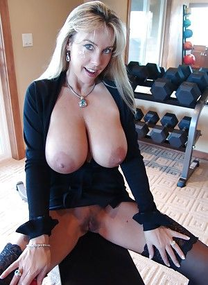 Huge busty housewives