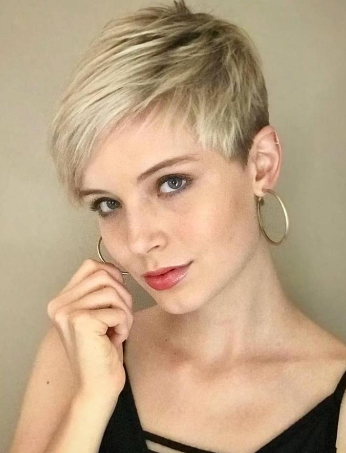 60 Cool Short Pixie Haircut And Hair Style Ideas For Woman Cool Hair Haircut Ideas Pixie In 2020 Super Short Hair Pixie Haircut For Thick Hair Pixie Haircut