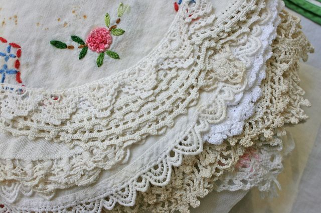 These Are Styles Of Doilies I Grew Up With They Were Starched By Hand With Argo Starch Hung To Dry Sprinkled With
