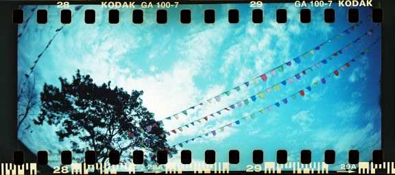 Out and About with the Sprocket Rocket - Lomography