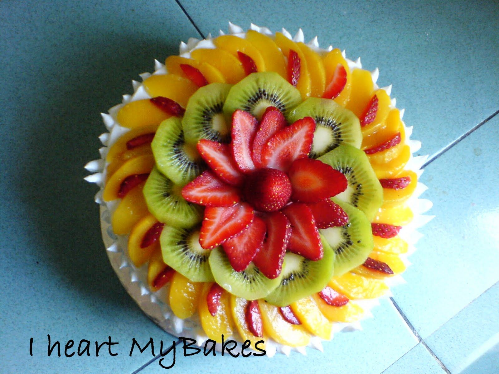 Pics For Square Fresh Fruit Cakes