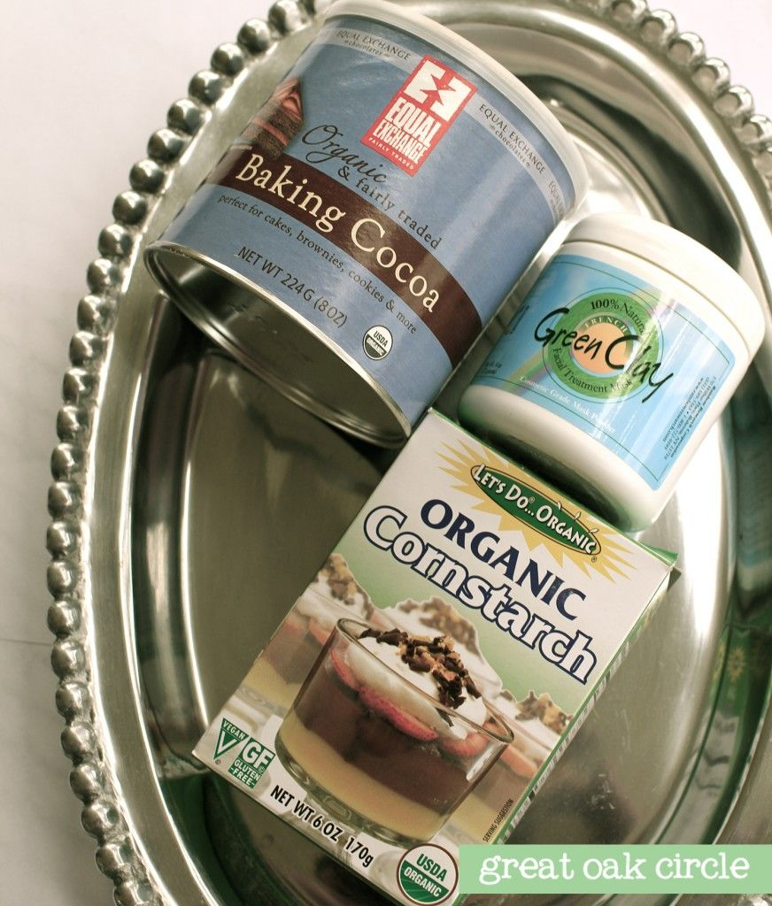 Homemade natural translucent powder | Great Oak Circle, blog design, logo and print design, DIY blog