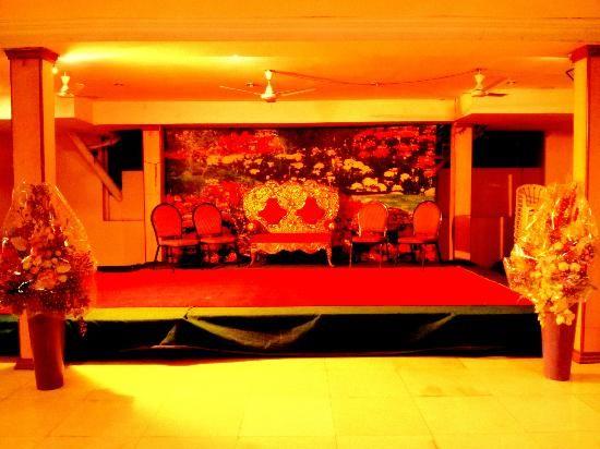 42a9fb15f48dd89c2407e67e5e63d375 - Image Gardens Function Hall Hyderabad Telangana