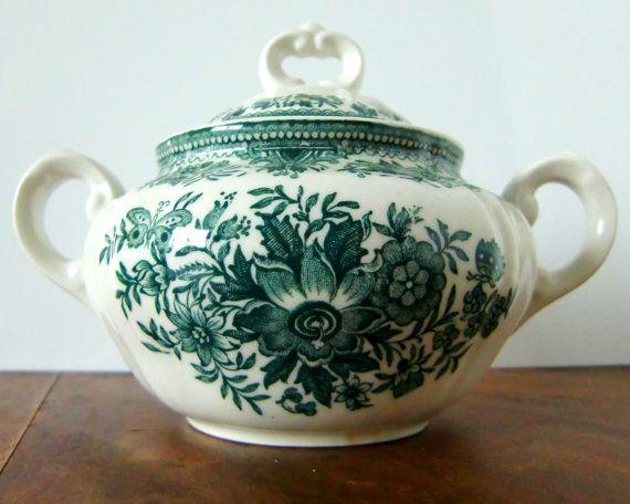 Vintage Villeroy & Boch transferware  Vintage small sugar bowl with pretty floral decor manufactured by Villeroy & Boch. Patern: FASAN (green).