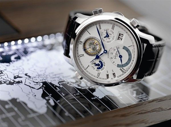 Last week, Glashutte Original held a 4-day exhibition at the Hong Kong Convention and Exhibition Centre to mark the launch of their most sophisticated timepiece to date, the Grande Cosmopolite Tourbillon.    Specially catered towards frequent fliers, the Grande Cosmopolite Tourbillon allows the wearer to track the time of day or night at home and on the road simultaneously, in any two of 37 world time zones.