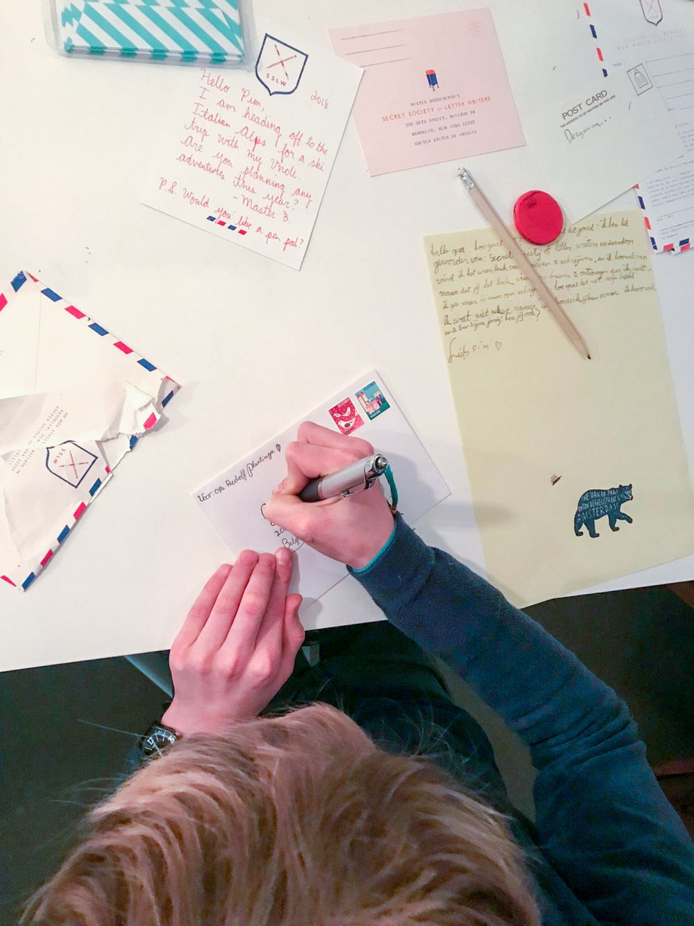 The Secret Society of Letter Writers has been created by Mr Boddington to 'honour and protect the hand-written letter'. Pim (who's 10) applied and is now a member!