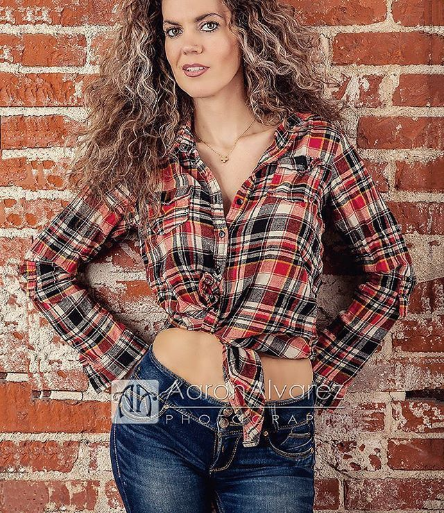"""Fashion fades, only style remains the same."" -Coco Chanel #portraiture #portraitphotography #portraitphotographer #santaanaphotographer #SantaAnaPhotography #ocphotographer #ocphotography #retrato #beautifulmodel #curlyhair #photosession #studioportrait #studioportrait #brickwall #AaronAlvarez"