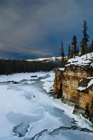 Athabasca Falls, Athabasca-Fluss, Hoher Winkel