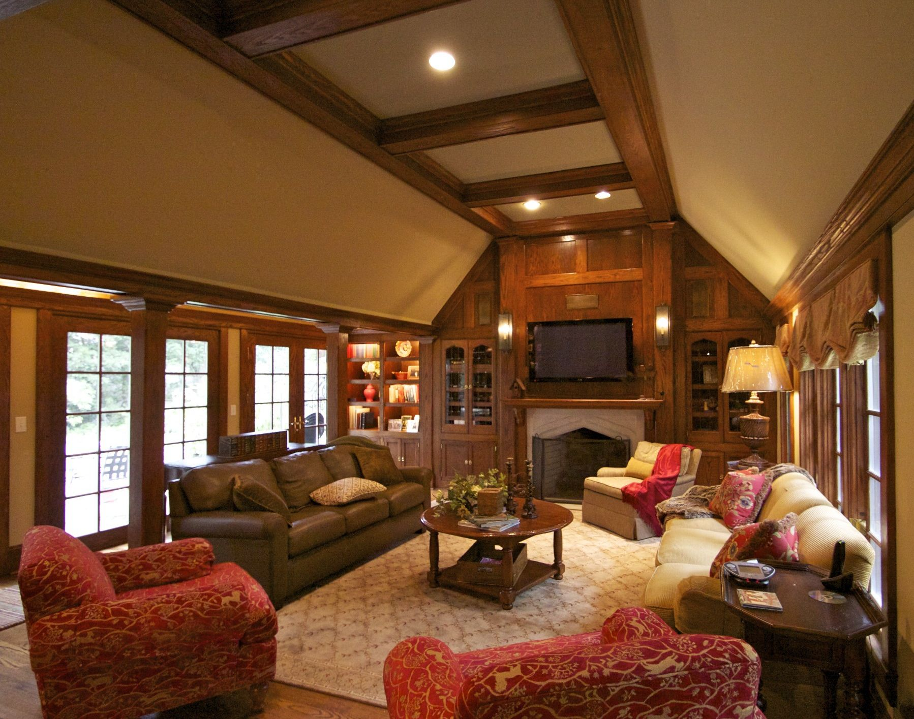 Tudor Interior Design if we wanted to get away from the brick | bostonian billiardroom