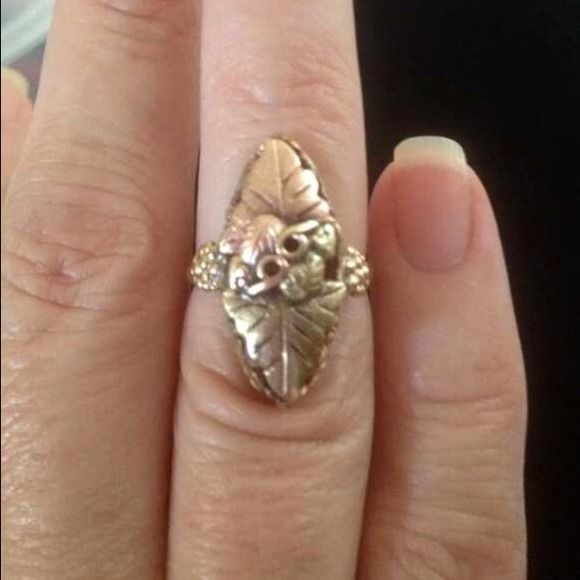 45 A Beautiful Black Hills Gold Ring Black Hills Gold Jewelry Black Hills Gold Rings Black Hills Gold
