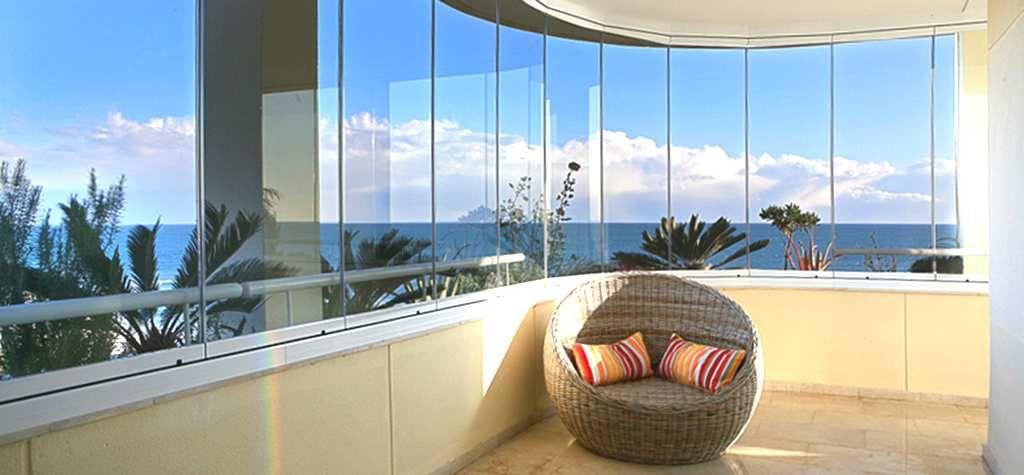 Cristales para terrazas y acristalamientos de balcones for Cortina cristal terraza