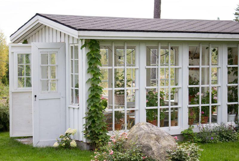 pin von eva bolin auf greenhouses conservatories. Black Bedroom Furniture Sets. Home Design Ideas