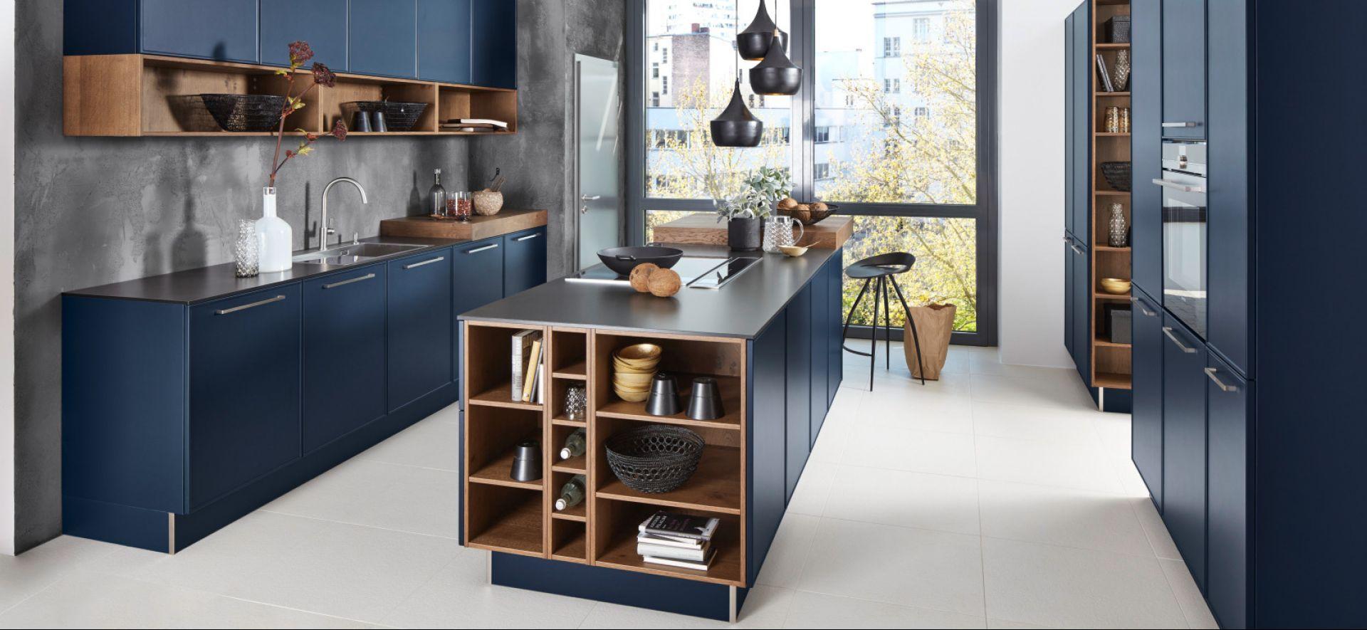 Design Küche in Tiefblau Softmatt Marquardt Küchen