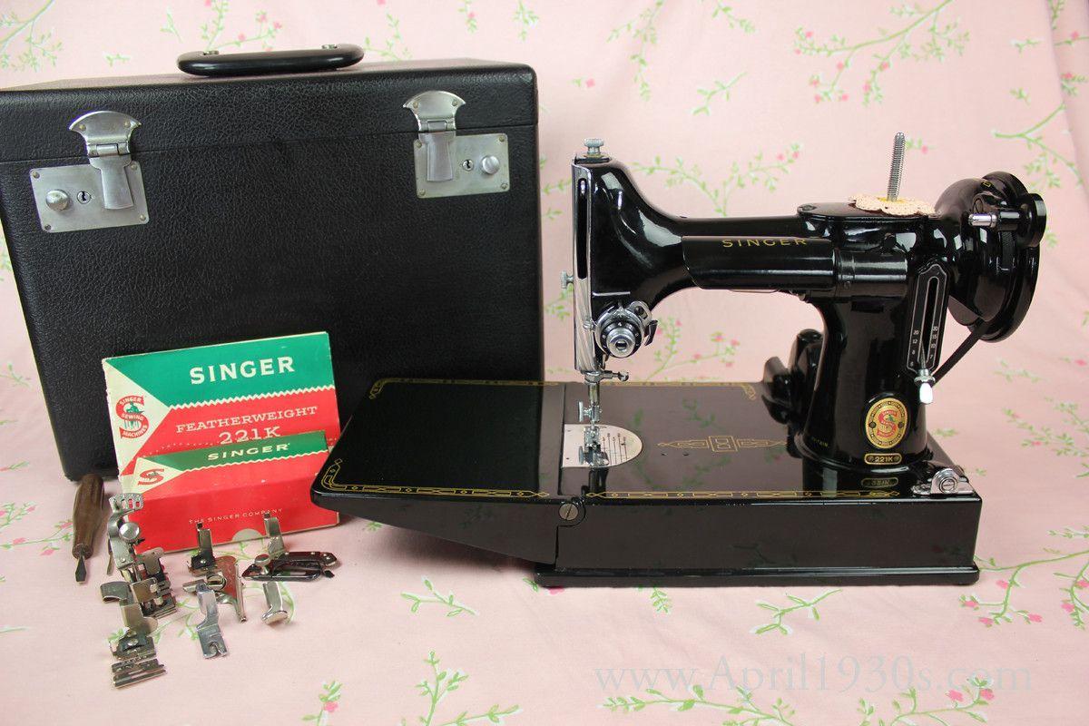 """Singer Featherweight 221K Sewing Machine RED """"S"""" ES652 ..."""