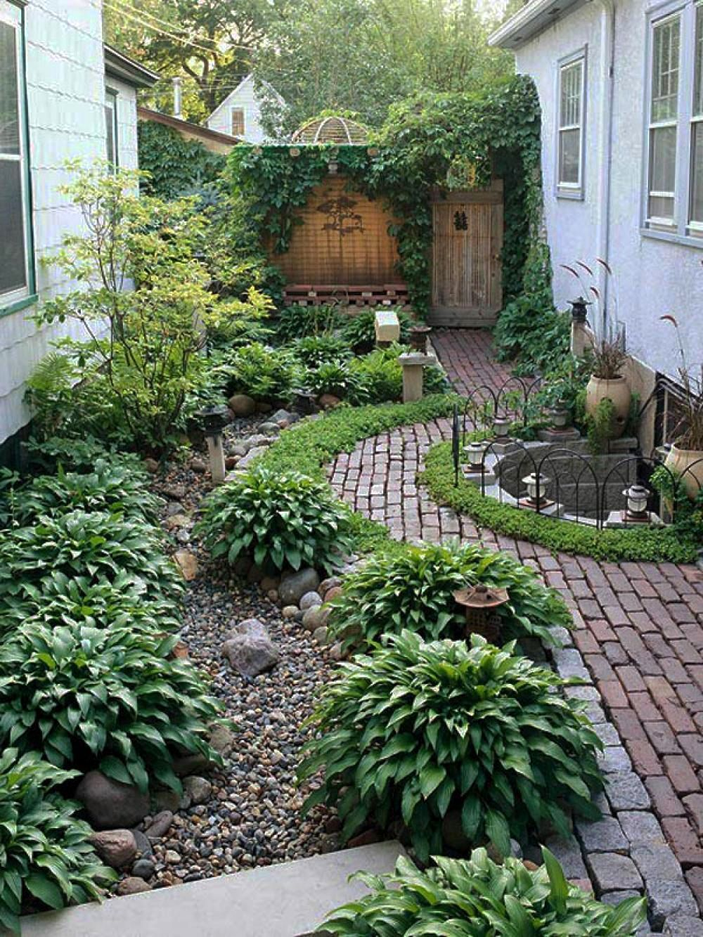 Beautiful Garden And Patio Narrow Side Yard House  Design With Simple Landscaping Ideas And Garden No Grass With Trees And Herb Plants Beside Brick Walkway And Small   ...