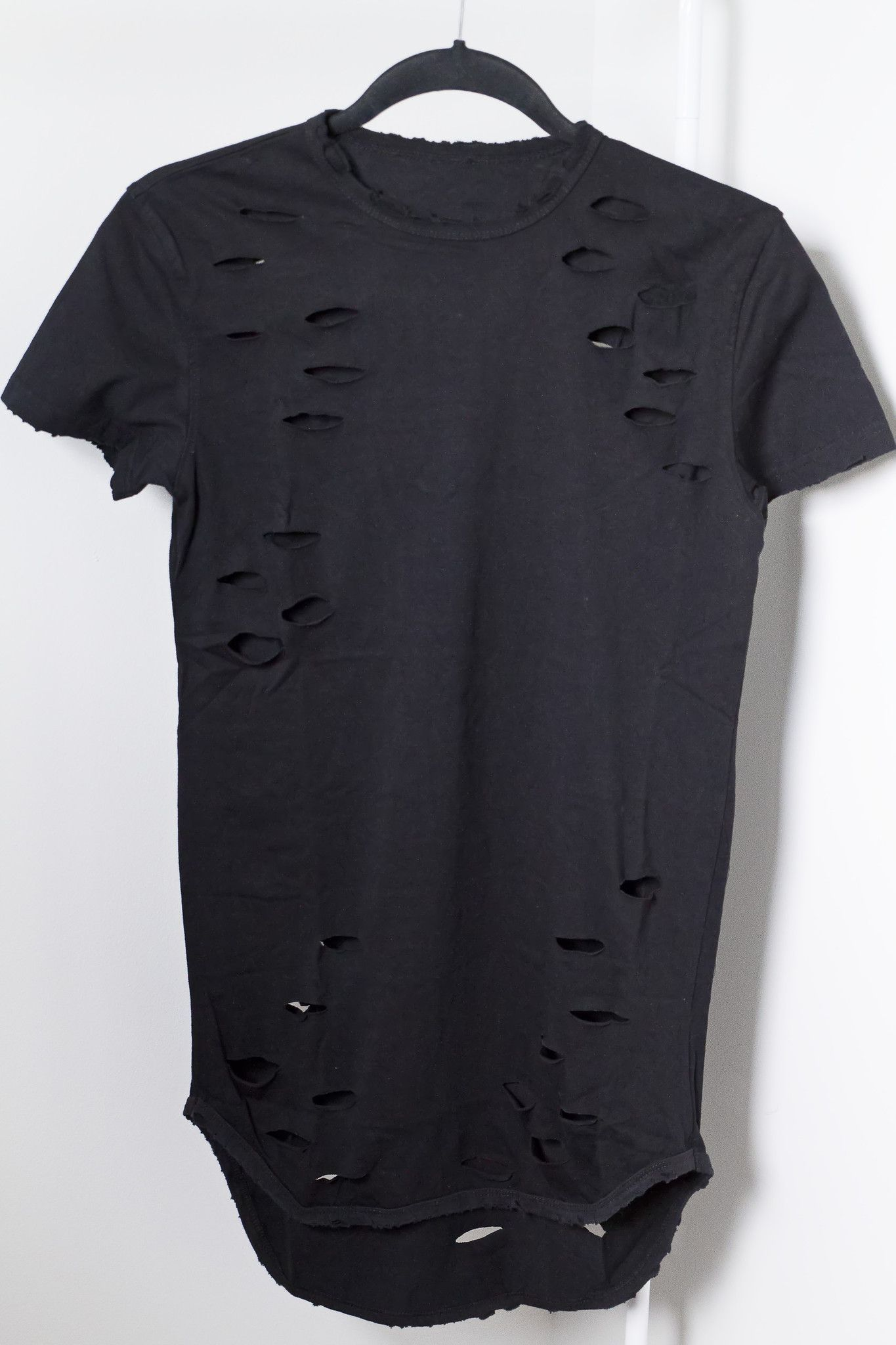 481a58ed92 Distressed Long Black Tee