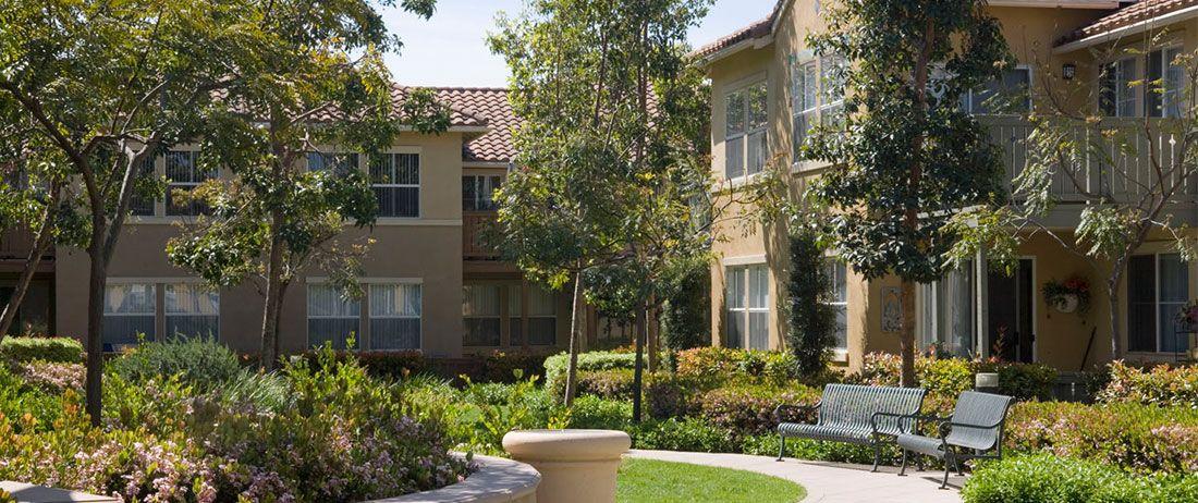 Rancho Santa Fe Apartments In Tustin Photo Gallery Garden View Rancho Lush Garden