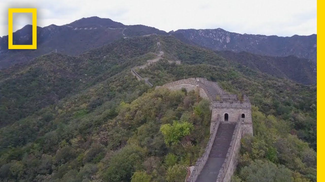 see china s iconic great wall from above national on great wall of china id=74591