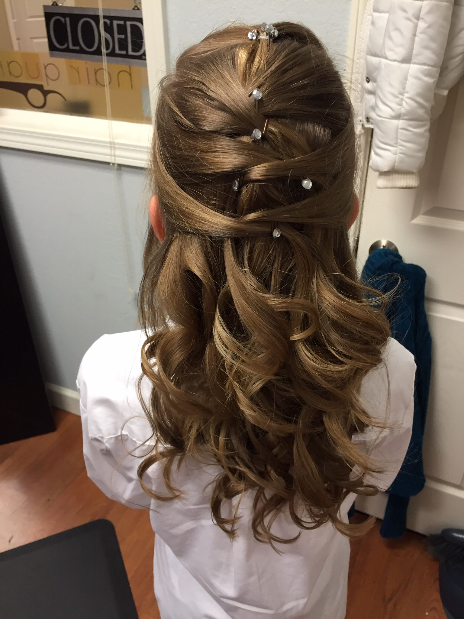pretty hair for the daddy-daughter dance. | hairstyles