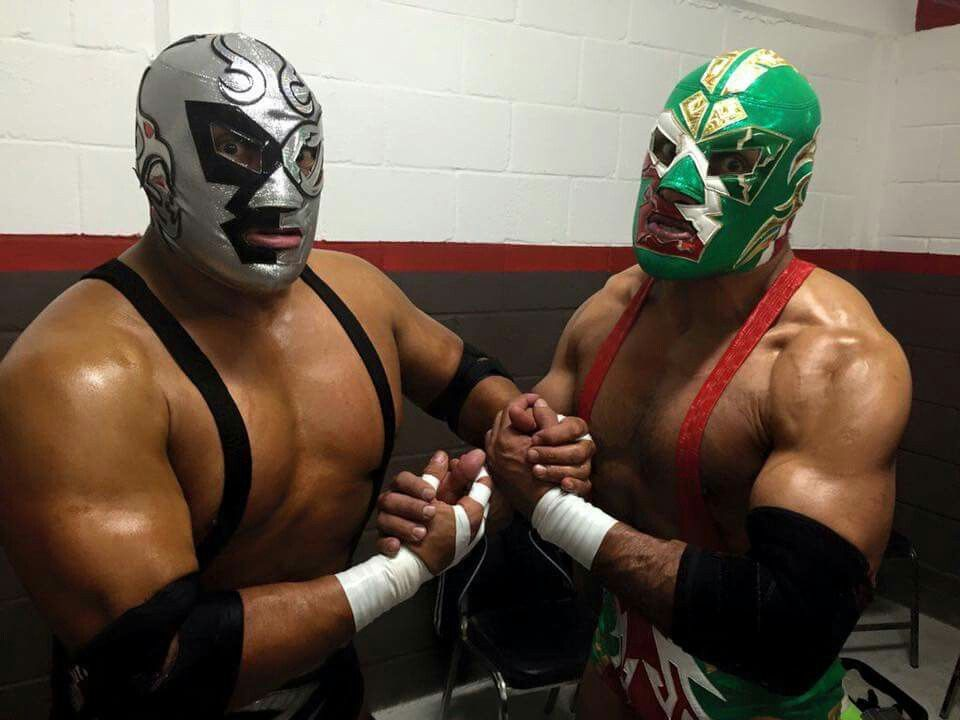 Silver King and Dr. Wagner Jr.  afdc5ff672577