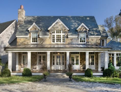 20 Roof Types For Your Awesome Homes Complete With The Pros Cons House Exterior Traditional Exterior Gable Roof Design