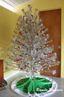 vintage mid century aluminum christmas tree - Mid Century Christmas Tree