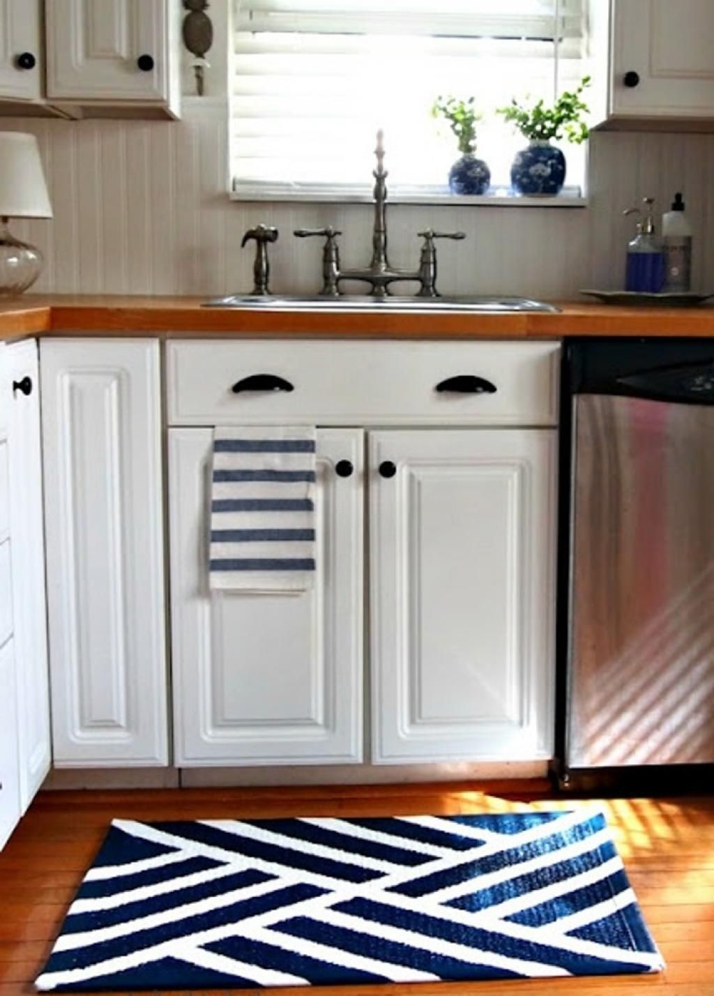 Superb Small Kitchen Area Rug In White And Blue Colors
