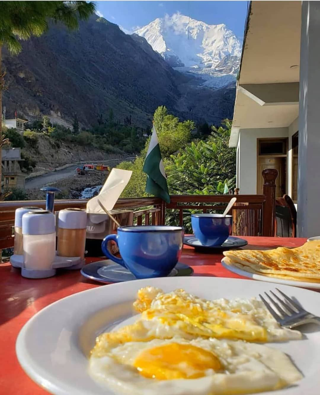 #breakfast  #morning #mountain #clouds #eggs #omlette #tea #canon #camping #Hunza #gilgit #khunjerabpass #paradise #... #cloudeggs
