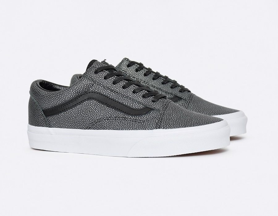 21f6ea176d VANS Old Skool (Embossed Stingray) Black Condition  New Size  7 Material   Leather Color  Black Style  Athletic Skate Casual.
