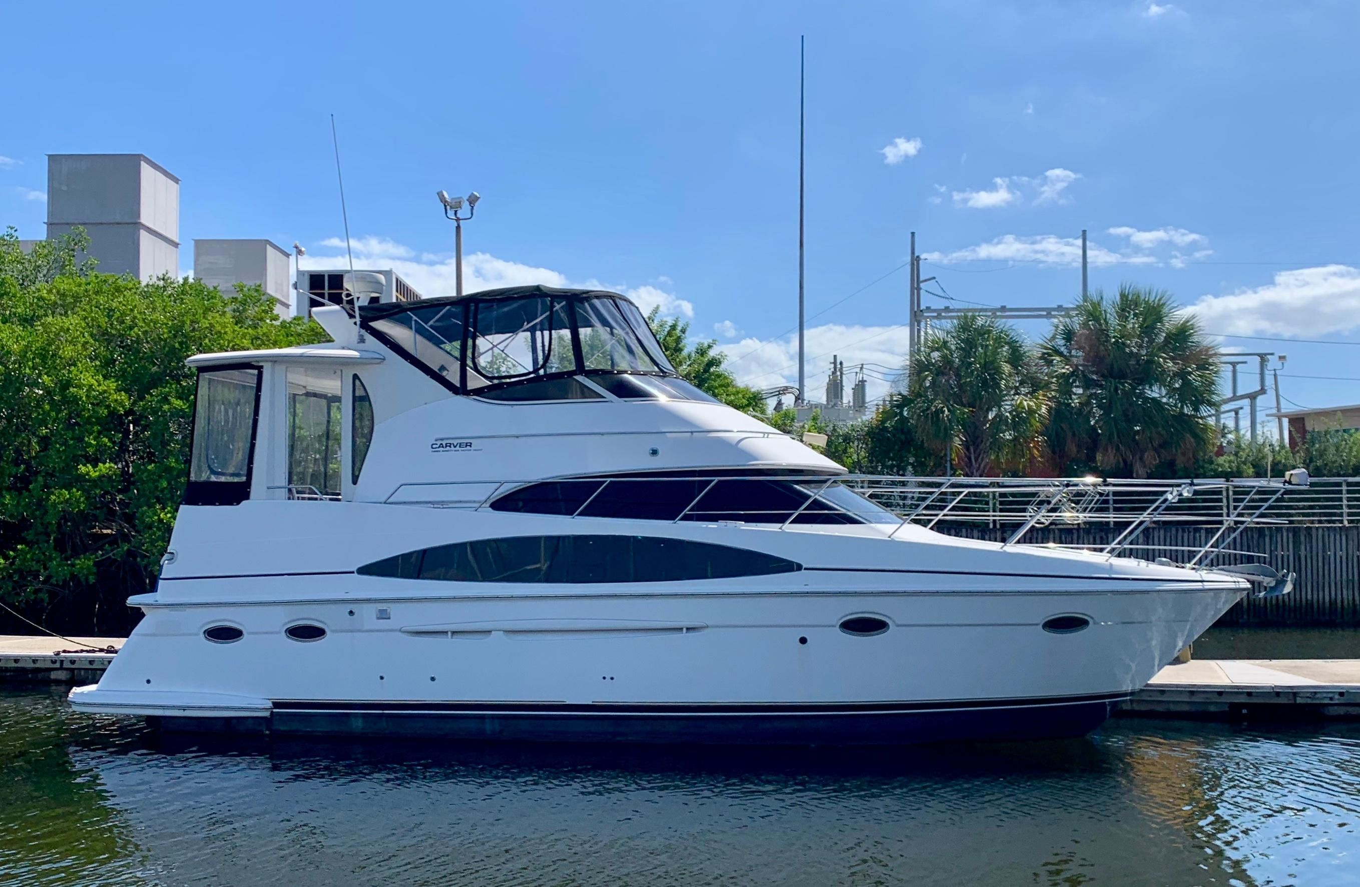 2001 Carver 396 Motor Yacht for sale YachtWorld Yacht