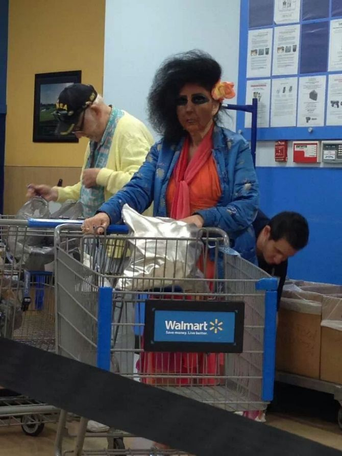 17 People Who Show Us That Walmart Is Another World Entirely - walmart careers