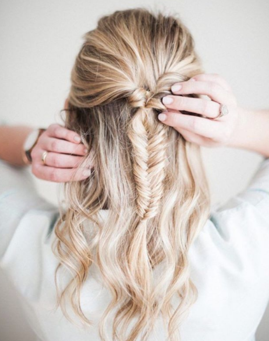 30 Simple Diy Tutorials On How To Style Your Hair In 3 Minutes 2019 Hair Styles Fishtail Braid Hairstyles Long Hair Styles