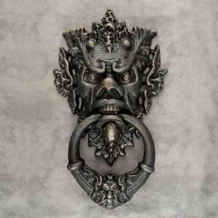 LARGE GOTHIC MEDIEVAL GREEN MAN HORNED DEVIL CAST IRON DOOR KNOCKER  ~Verdigris~