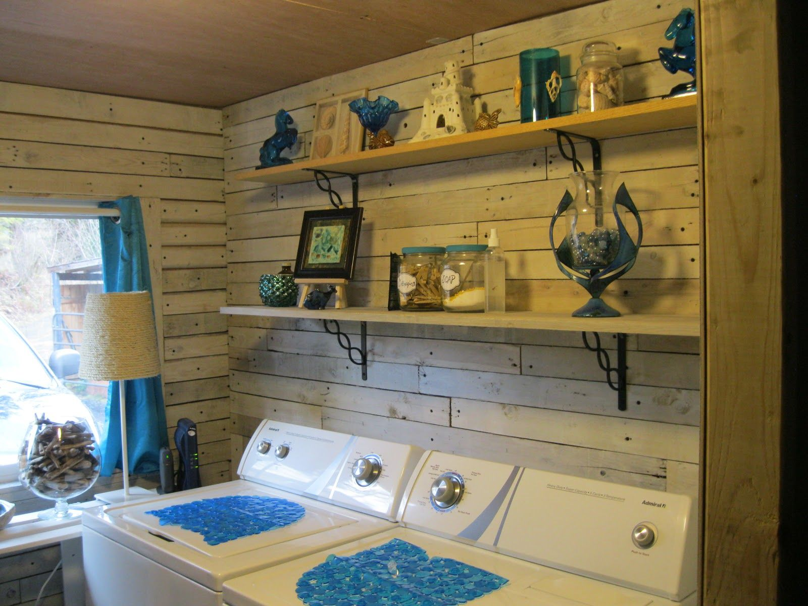 Laundry room makeover ideas for your mobile home laundry for Home remodeling ideas
