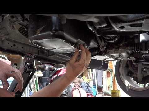 Replacing Honda Civic 92 00 Oil Pan Gasket Changing The Filter Sealing Exhaust System Honda Civic Oil Pan Civic