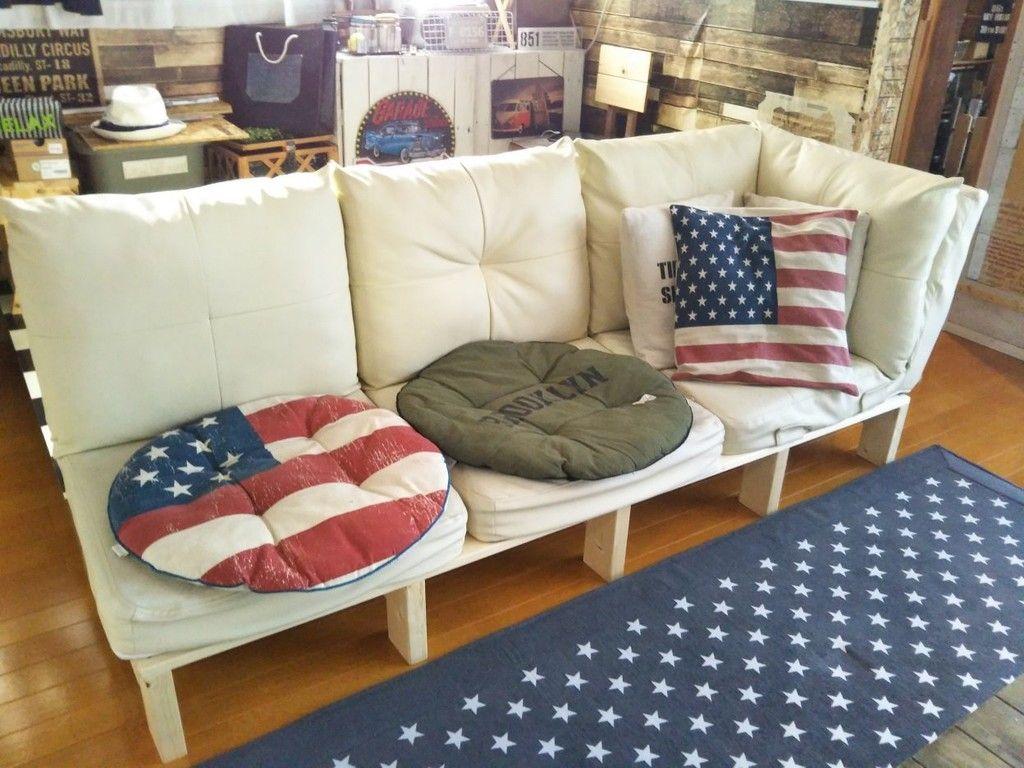 直置きソファーにさよなら 掃除しやすい ソファー台 をdiy ソファー 部屋 リビング
