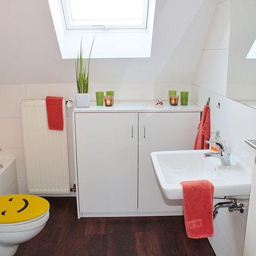 Très satisfait que l\u0027abattant des WC soit bien fermé  c\u0027est ainsi l - Comment Decorer Ses Toilettes