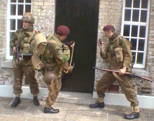 meet the red devils parachute regiment insignia