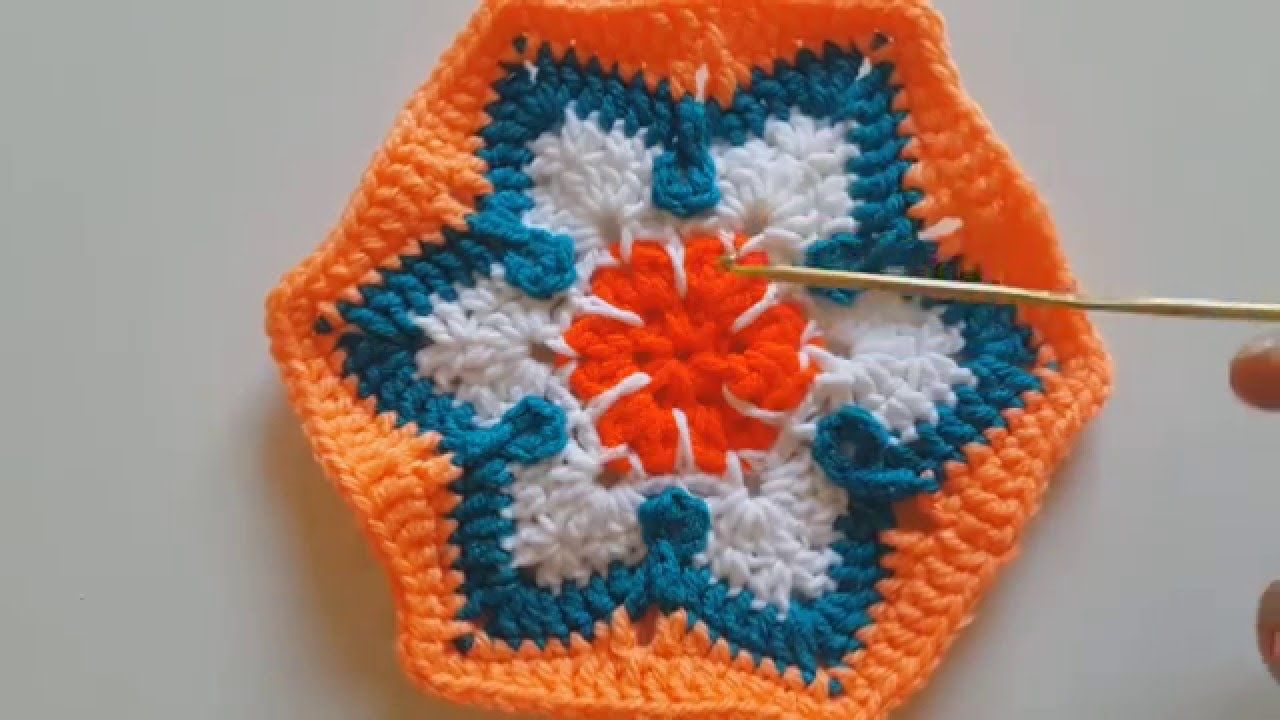 Мотив шестиугольный цветной крючком CROCHET: African flower into a ...