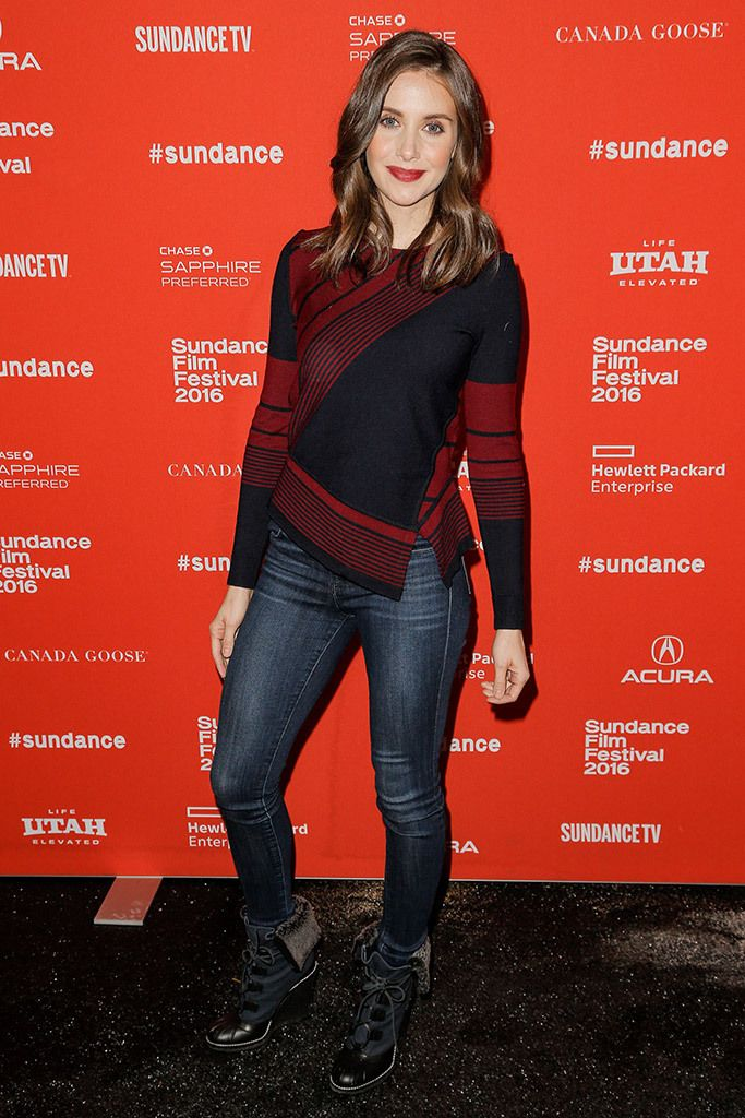 Alison Brie at 2016 Film Festival in jeans and a nice sweater