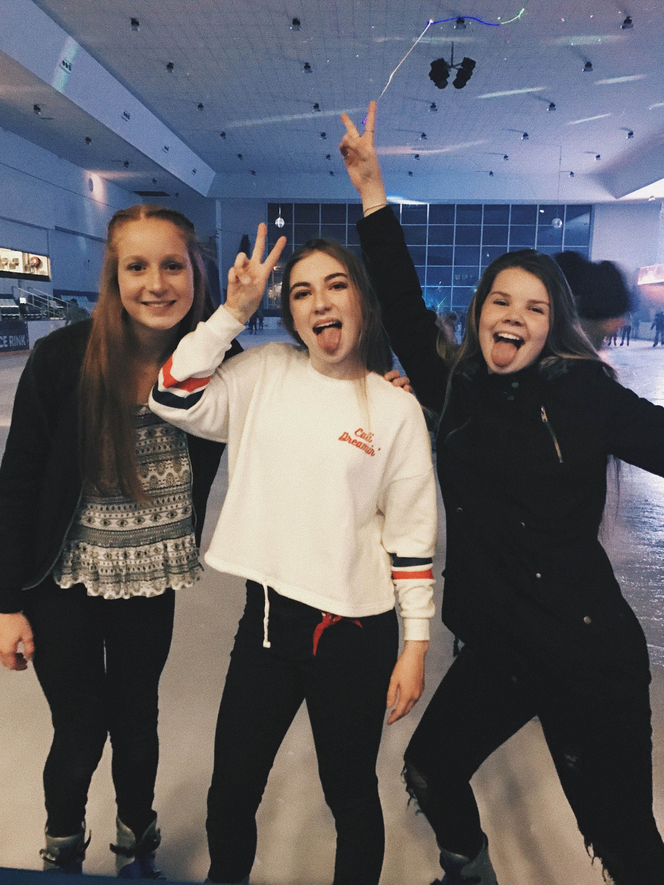 Cute Pictures To Take With Friends Picture Inspiratio Ice Skating Roller Skating Instagram Keiraa Skating Pictures Friends Instagram Best Friend Pictures